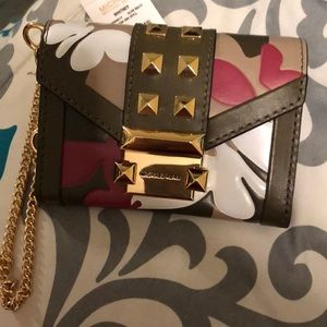 Micheal Kors Whitney Olive Wallet